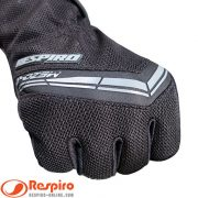 glove-mezo-r-black-grey-fit-and-comfy